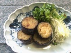 植物性乳酸菌栽培かいわれ添えの茄子の焼き煮浸し