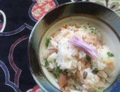 ベニーナまぜの梅鮭ご飯